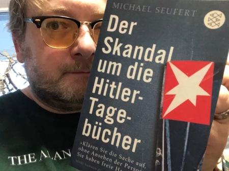 Bringt viel Lichts ins Dunkel: Das Buch über die Hitler-Tagebücher.