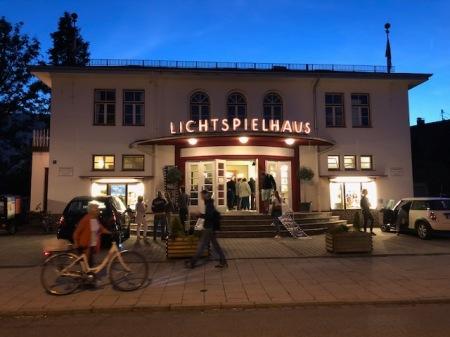 Das Lichtspielhaus in Fürstenfeldbruck erstrahlt wieder.