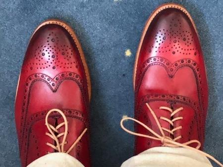 Ich mag Schuhe von Lloyd, aber aufgrund eines gequetschten Zehs passe ich nicht richtig rein.