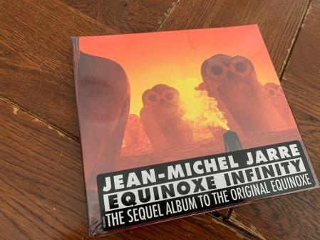 Lange habe ich auf dieses Album von Jean Michel Jarre gewartet.