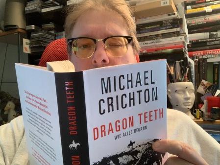 Ein Dino-Roman von Crichton aus dem Jahre 1974 wurde jetzt veröffentlicht.