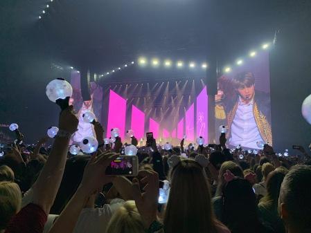 BTS in Berlin in der Mercedes Benz Arena.