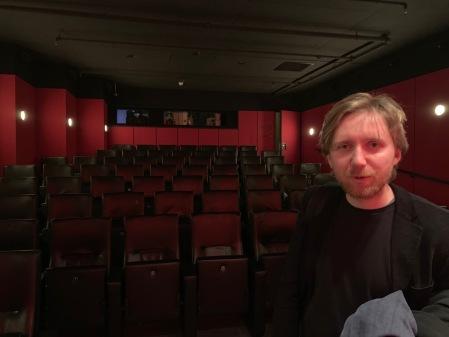 Stummfilmpianist Richard Siedhoff begleitete den Golem am Klavier.