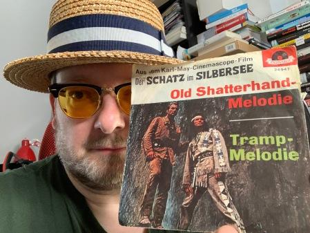 Die Old Shatterhand Melodie von Martin Böttcher war 17 Wochen in den deutschen Charts.