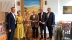 Zahlreiche Ehrengäste kamen zur Eröffnung des Afrikaladens in FFB.
