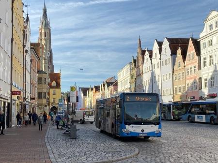Noch gibt es in Ostbayern, wie hier in Landshut, blühende Landschaften.