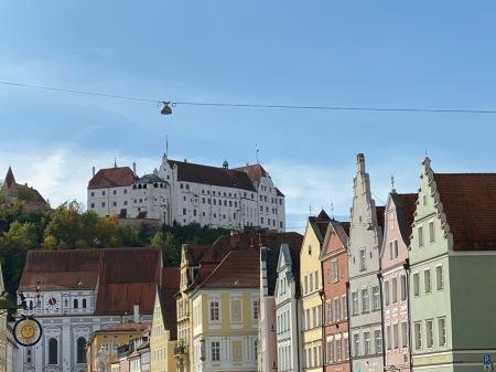 Landshut ist eine eindrucksvolle Stadt, leidet aber unter dem Verkehrskollaps.