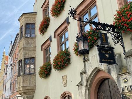 Der Wahlkampf ums Rathaus, wie hier Landshut, ist voll entbrannt.