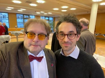 Matthias J. Lange im Gespräch mit Benedikt Schwarzer.