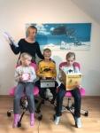Larissa Tetsch mit ihren Kindern Von links nach rechts: Flora (6), Timo (9) und Elsa (8).