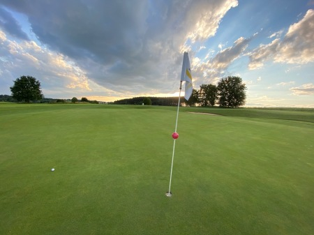 Golf ist eine Symbiose aus mentaler und körperlicher Beanspruchung.