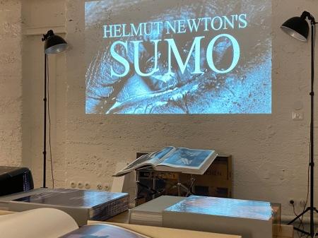 Am 31. Oktober kommt Helmut Newton's Sumo von Taschen.